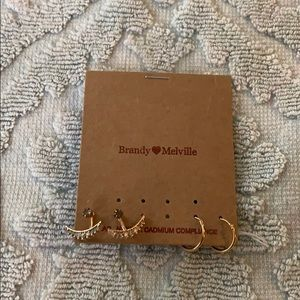two pairs of Brandy Melville earrings. never worn.